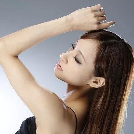ダンサー、振付師、モデルの池田美佳さん